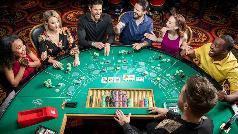 Nikmati Permainan Baccarat di Smartphone Kesayangan Anda